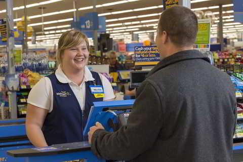 Walmart Kasse. Walmart und Target gegen Amazon. Quelle: http://news.walmart.com/_download?id=0000014b-3ba8-df55-af4f-bbfed8fd0000